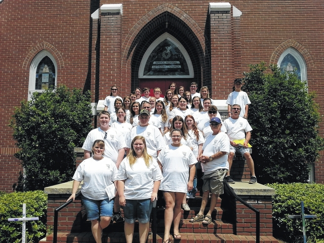 Teen mission group travels to West Virginia