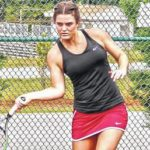 Lady Wolves split weekend tennis action