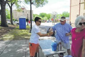 Pork in the Park draws tasters to downtown